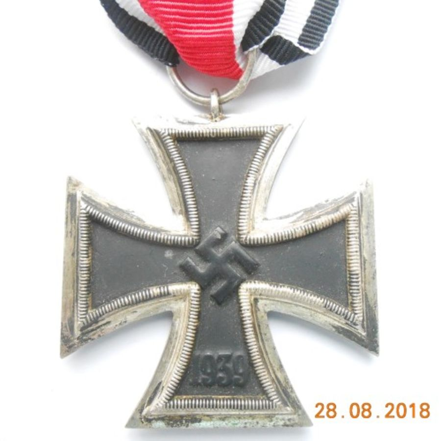 WW2 German Iron Cross 2nd Class (Ref:95)