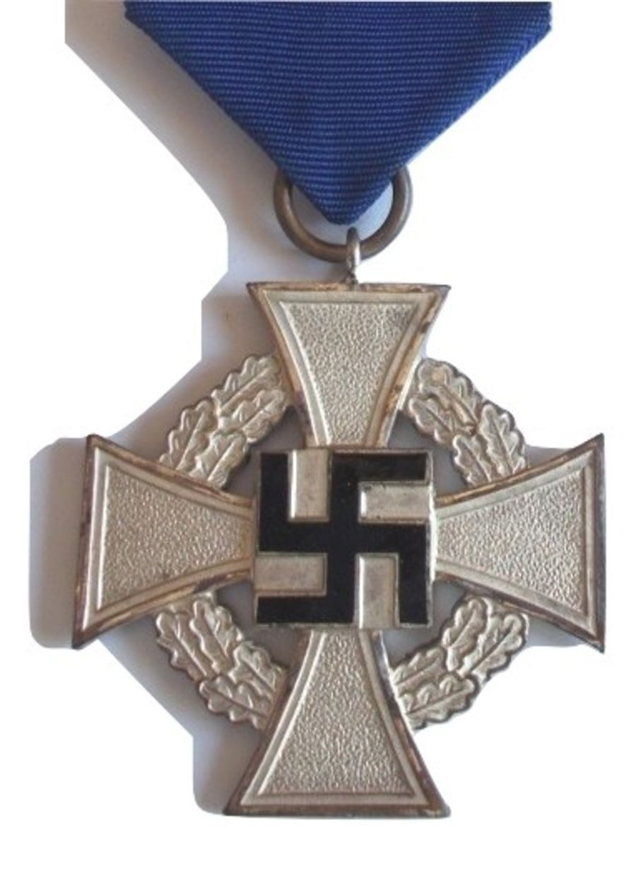German WWII 25 Year Faithful Service Cross (Ref:500)