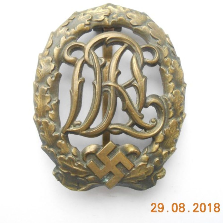 Reichssportabzeichen DRL in Bronze sports badge_ (Ref:216)