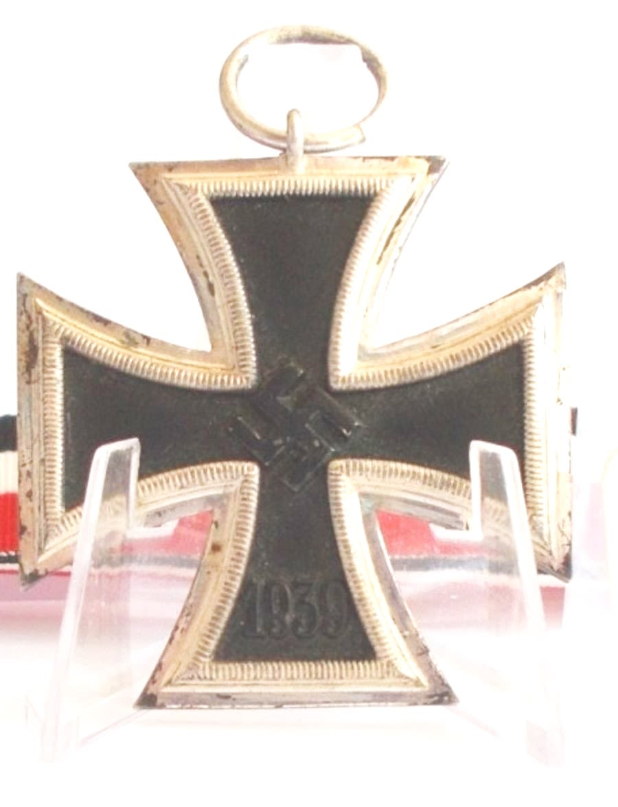 WW2 German Iron Cross 2nd Class- (Ref:87)