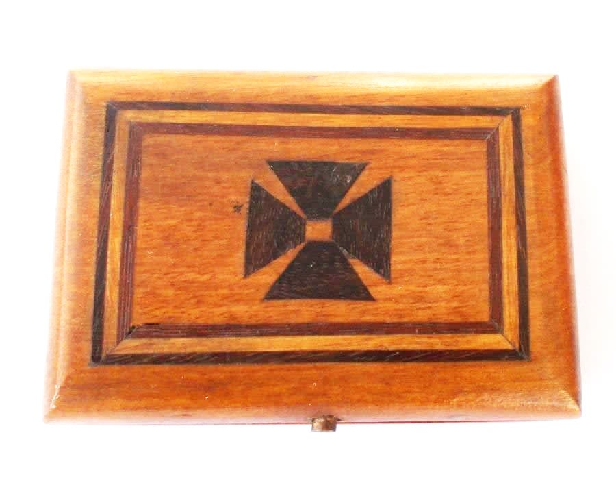 THIRD REICH MEDAL WOODEN IRON CROSS BOX RARE