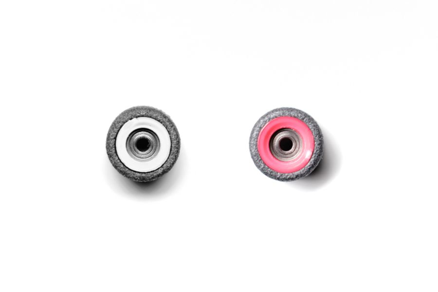 Dual Bearing Black Wheels With White/ Pink Cores