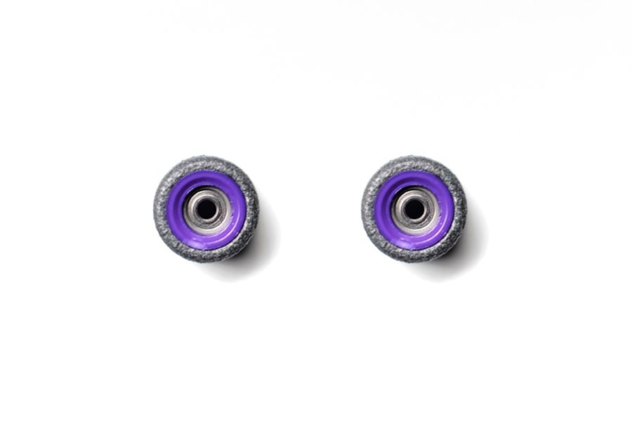 Dual Bearing Black Wheels With Purple/ Purple Cores