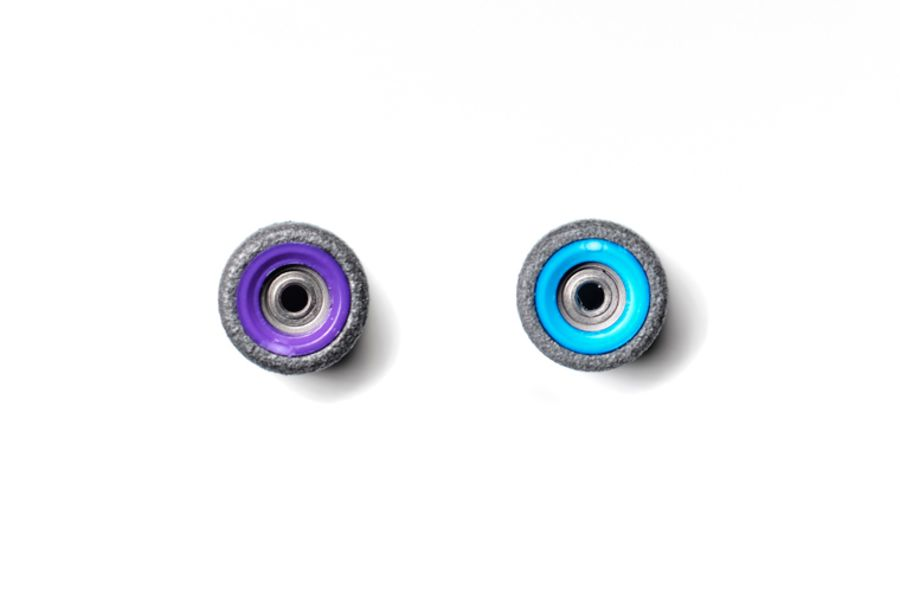 Dual Bearing Black Wheels With Purple/ Blue Cores