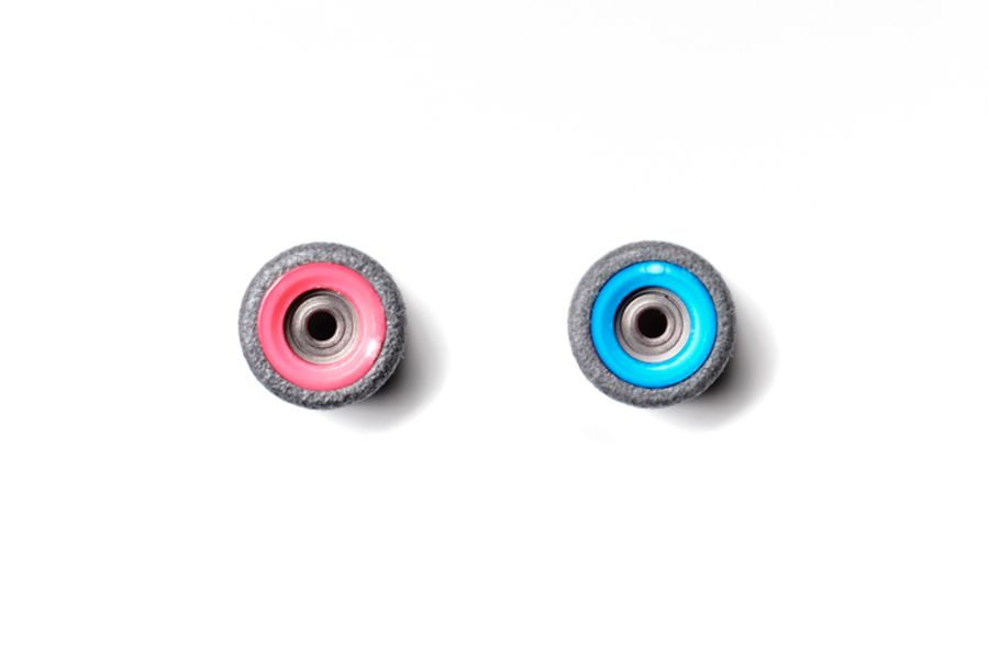 Dual Bearing Black Wheels With Pink/ Blue Cores