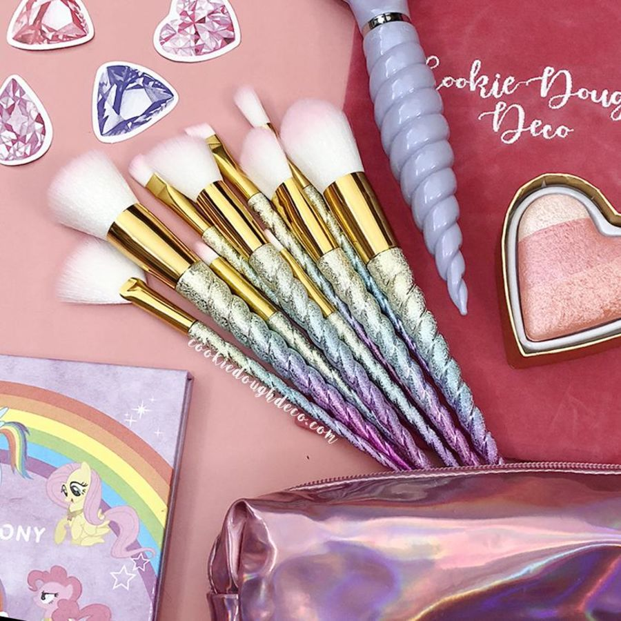 10 Rainbow Unicorn Horn Makeup Brush Set