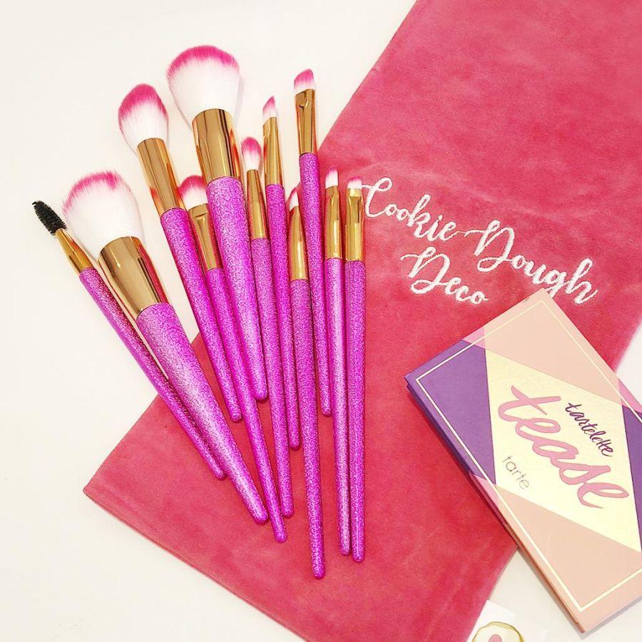 11 Pink Glitter Metallic Makeup Brushes