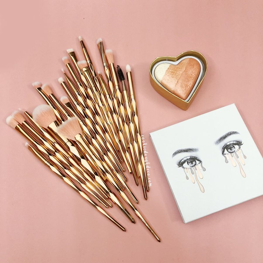 20 Rose Gold Diamond Faceted Makeup Brushes