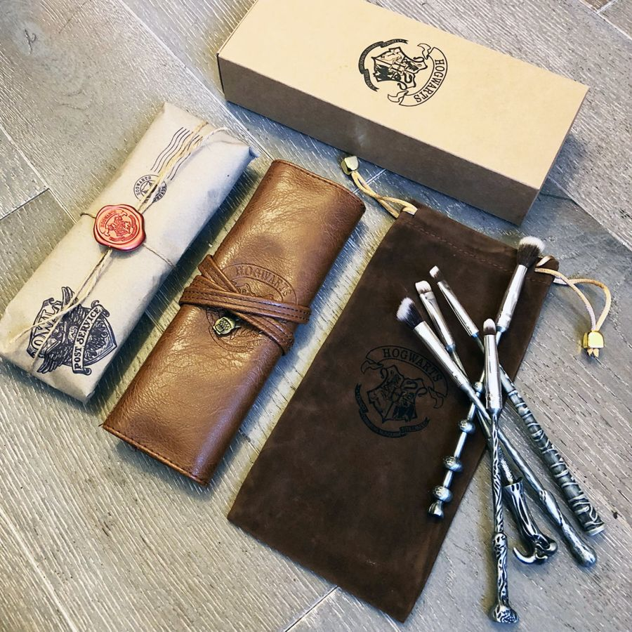Tin Wizardry & Witchcraft Makeup Brushes - Gift Set