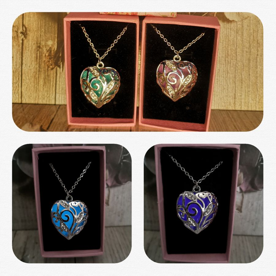 Glow in the dark Heart pendant (choice of 2 colours) and chain gift boxed