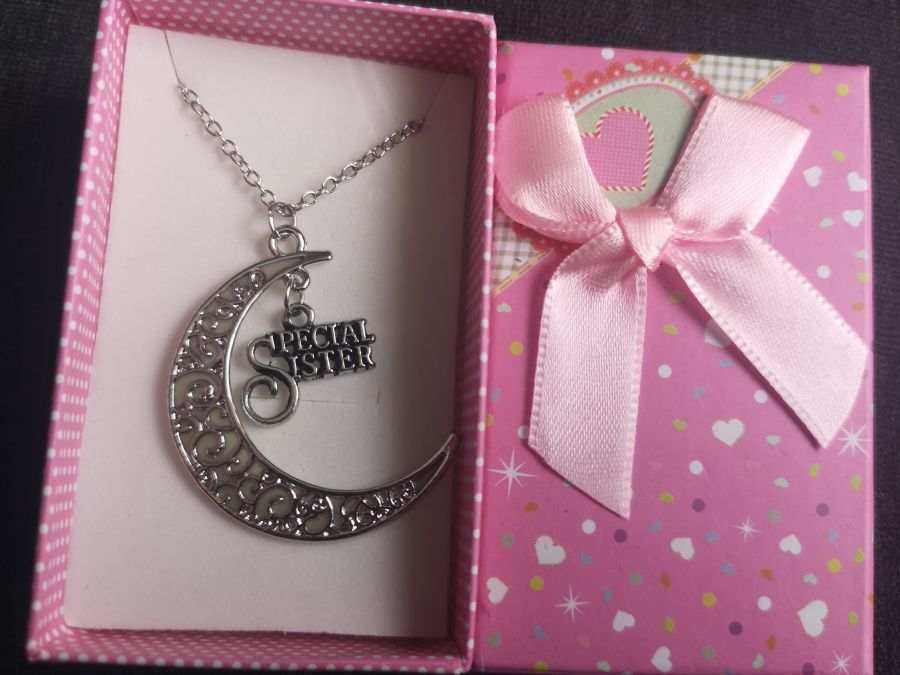 Glow in the dark special sister pendant and chain gift boxed