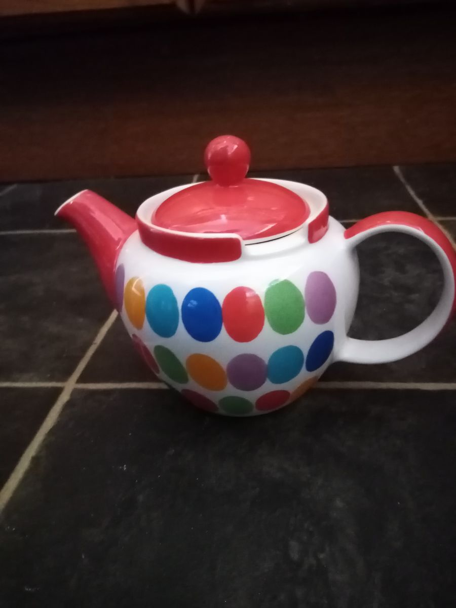 Whittard Chatsford teapot hand painted