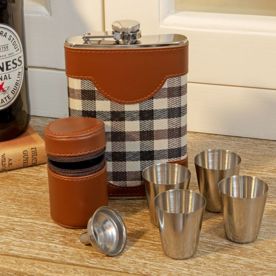 Chequer 8oz Faux Leather Hip Flask & Shot Glass