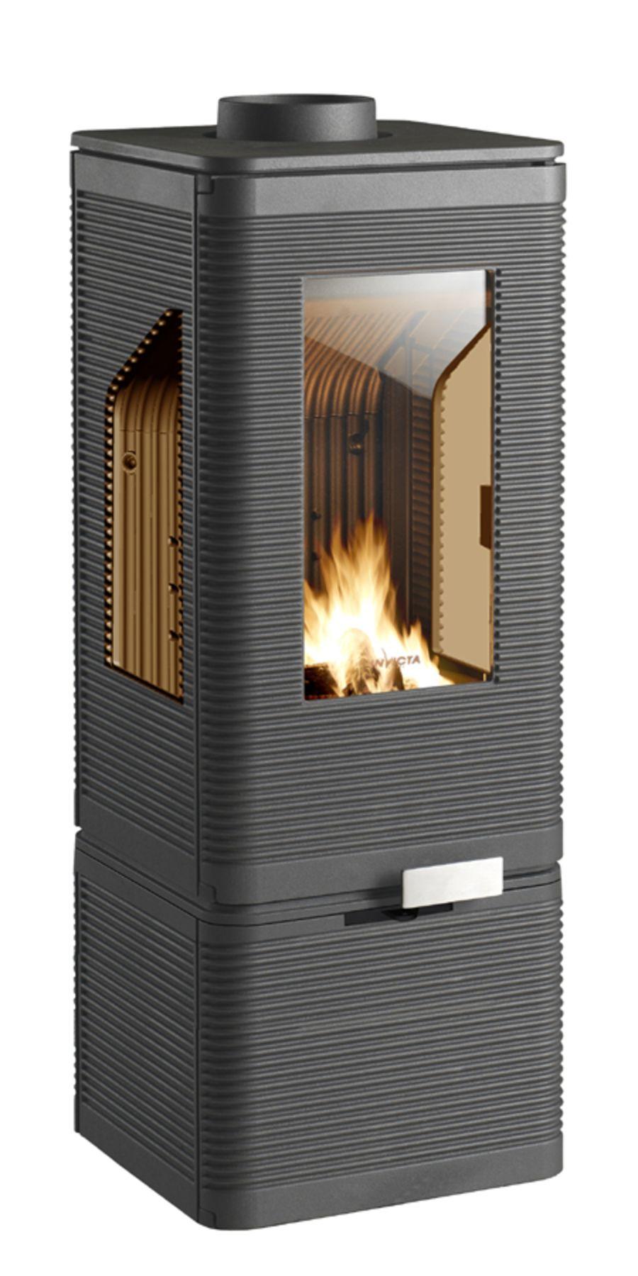 Invicta Iwaki 7kW Ecodesign 2022 Cast Iron Wood Stove on base