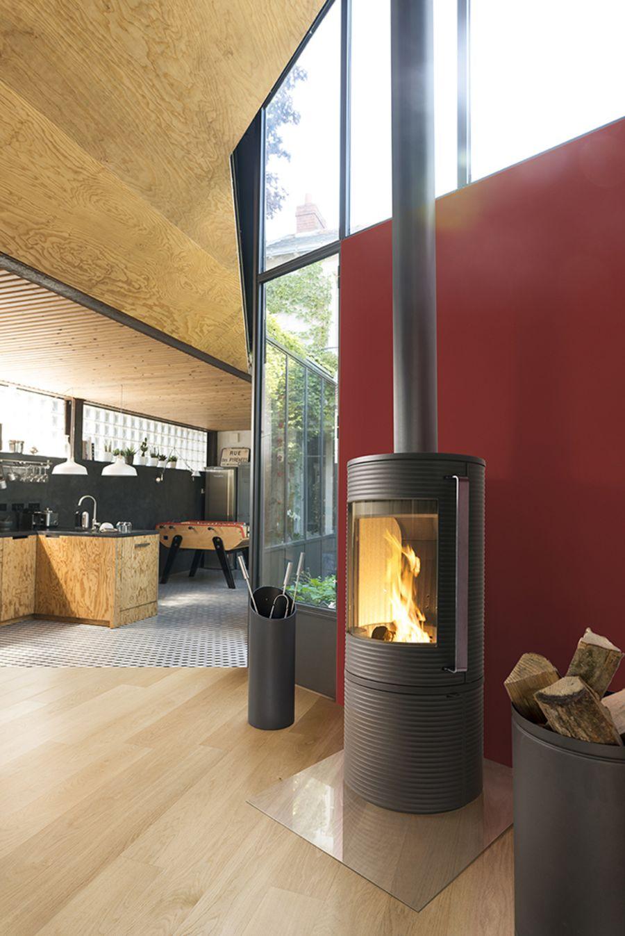 Invicta Altara + Ecodesign 2022 Cast Iron Woodburning Stove