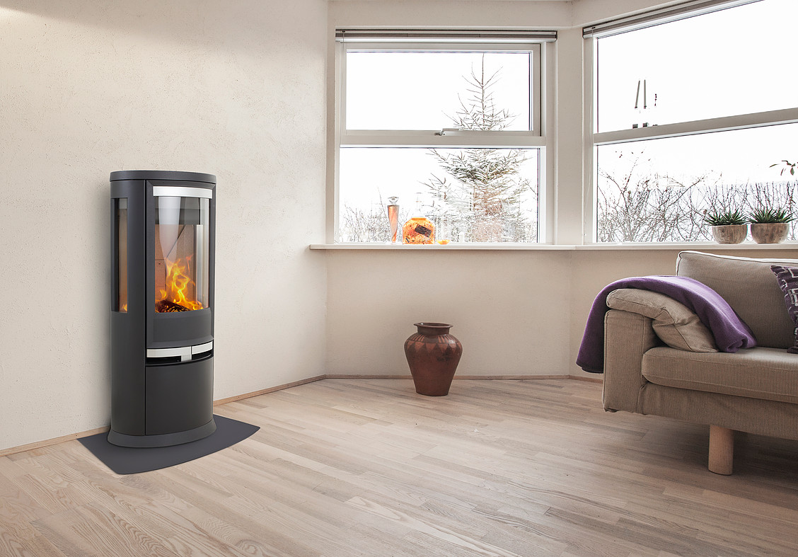 Heta Oura 200 7kW Wood Stove with Side Glass