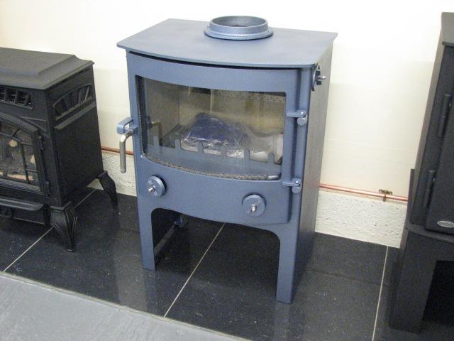 Town & Country Fires Thornton Dale 7.5kW Multifuel Stove with Log Store in Sky Blue