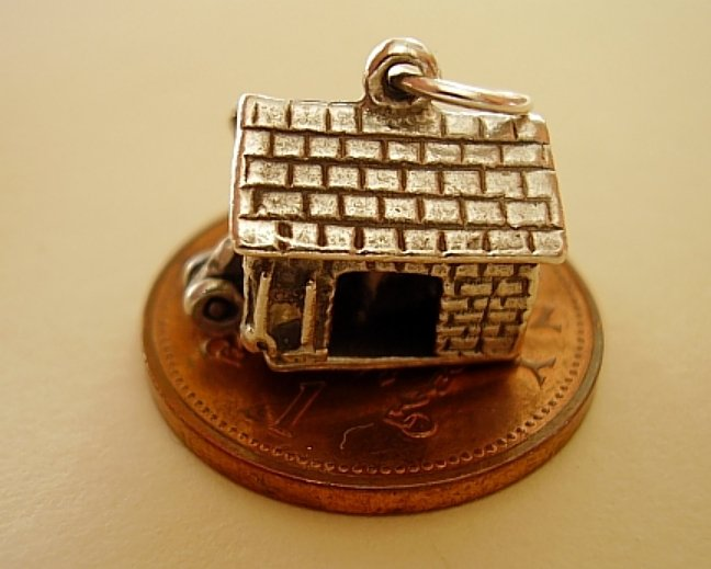 925 Sterling Silver Opening Cowshed  Charm