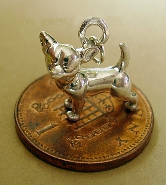 925 Sterling silver Chihuahua Dog Charm