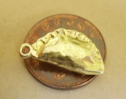9ct Gold Cornish Pastie Pasty Charm