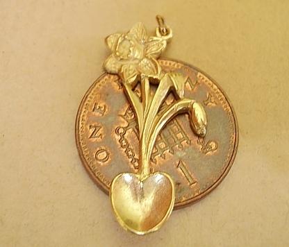 Gold Welsh Daffodil Lovespoon Charm