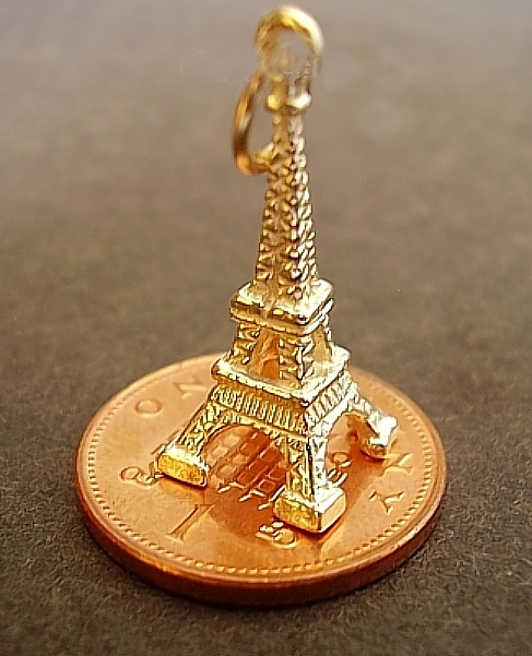 18ct Gold Eiffel Tower Charm
