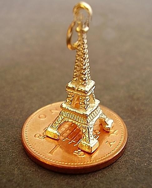 Gold Eiffel Tower 9ct Charm