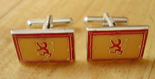 One Pair Enamelled Sterling Silver Scottish Rampant Lion Cufflinks In Presentation Box