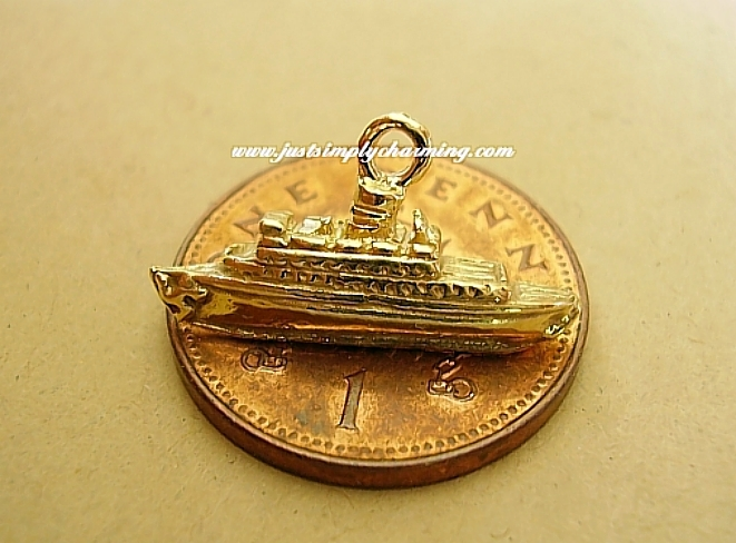 Gold Cruise Liner Ship 9ct Charm