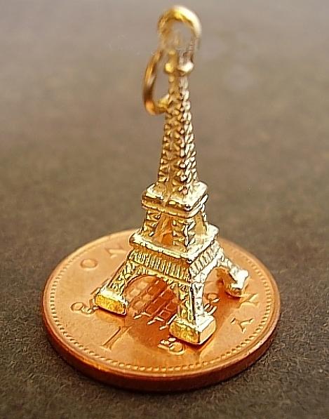 Eiffel Tower Yellow 9ct Gold Charm
