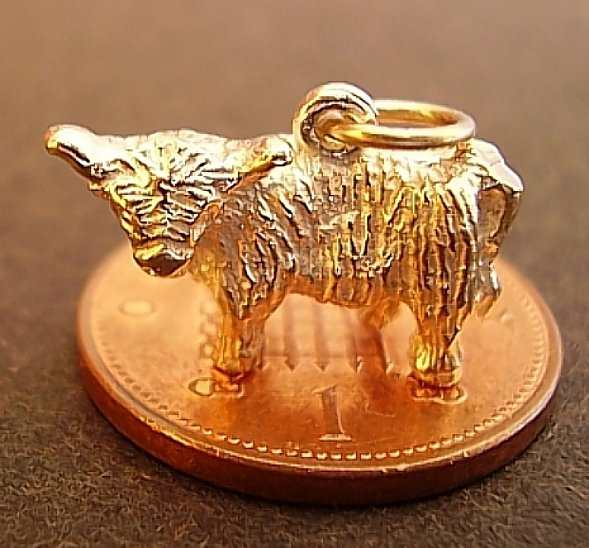 Highland Cow 18ct Gold Charm