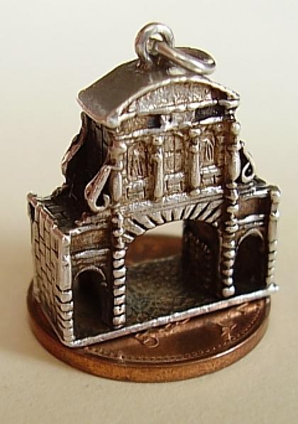 London Temple Bar Silver Charm