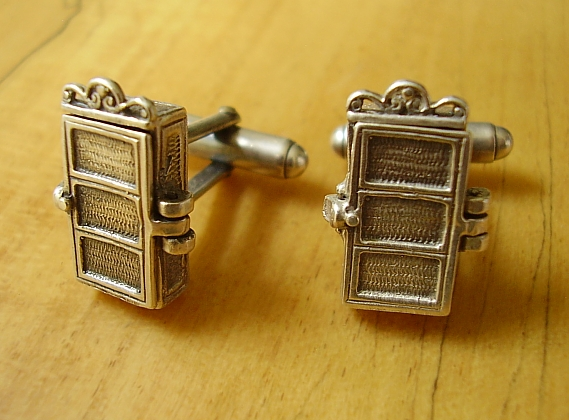 Sterling Silver Skeleton In The Closet cufflinks