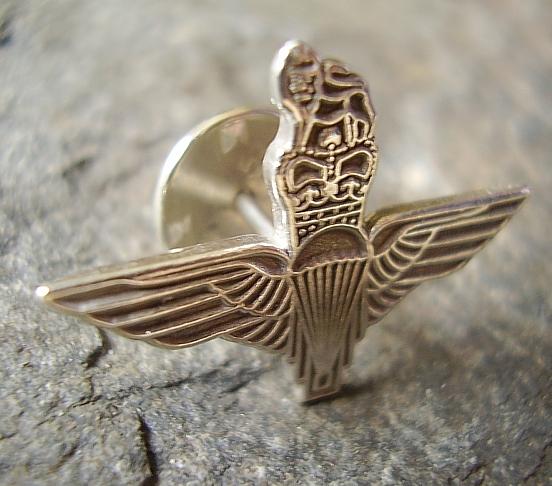 Parachute Regiment Silver Lapel Badge