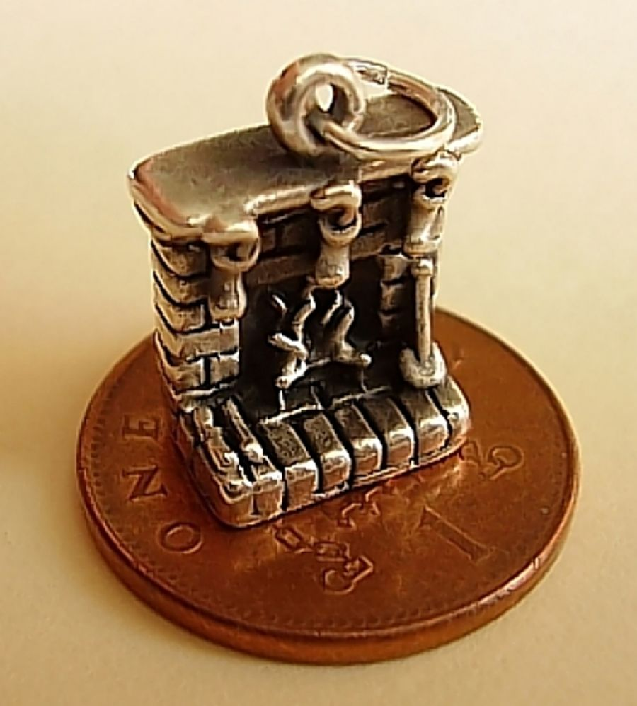 Sterling Silver Christmas Fireplace Charm