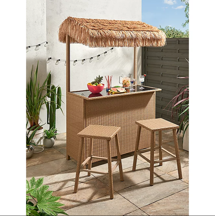 HIRE - Tiki Hut Bar - Alcohol not included.