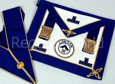 Craft Provincial Undress Apron and Collar - lambskin with badge