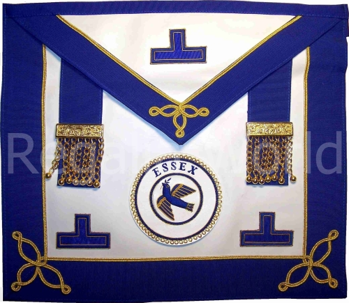 Craft Provincial Undress Apron - lambskin with badge