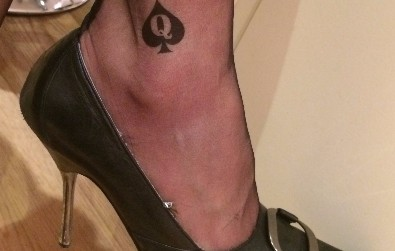 Queen Of Spades Tattoo - Temporary Slut, Hotwife and Cuckold Tattoos from www.sexyjewels.co.uk