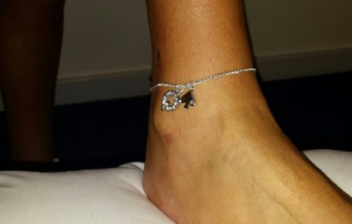 Queen Of Spade Anklet Style 2 on a Hotwife