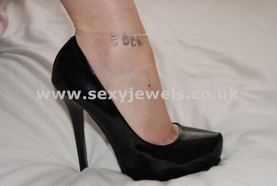 Ankle Chain `Cuck` Anklet for Sissy or Cuckold Husbands