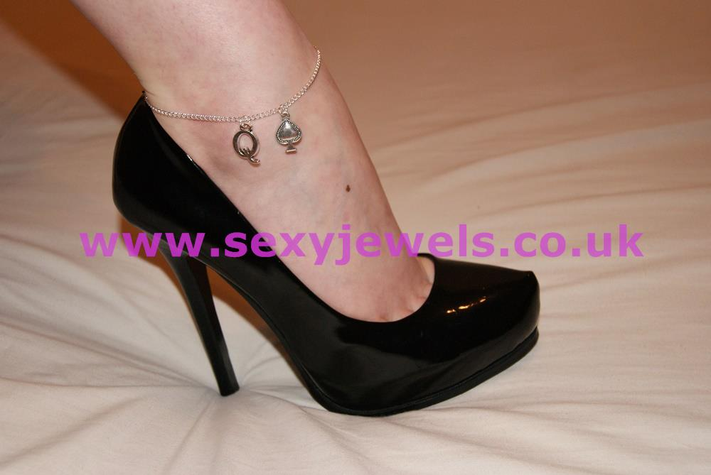 Ankle Chain - Queen Of Spades for BBC Hotwife - Style 5