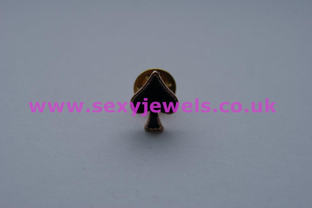 Queen Of Spades Hotwife Pin Badge / Brooch