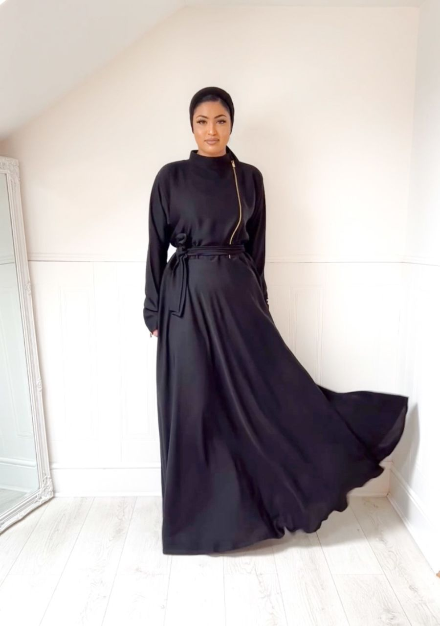 Habiba Zip flare in Black