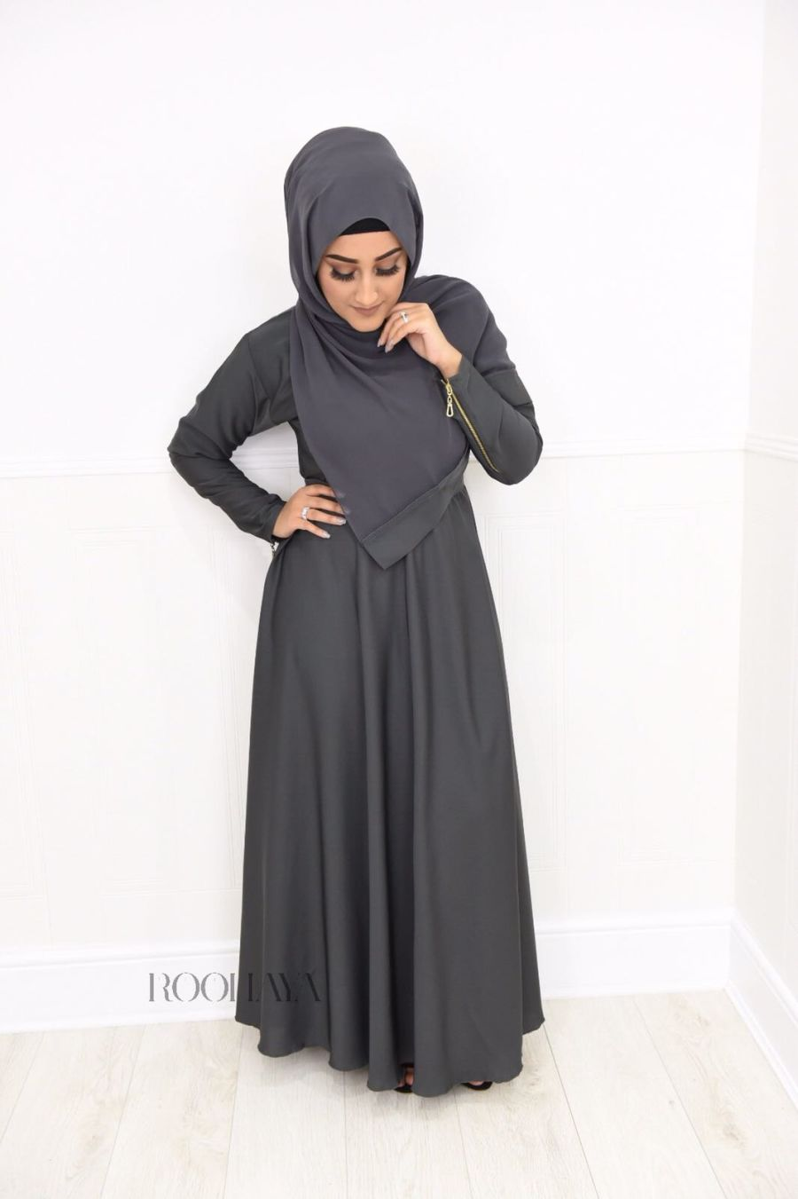 Habiba Zip flare in Dark Grey