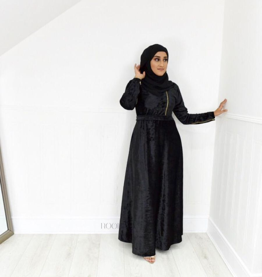 Habiba Zip flare in Black Velvet
