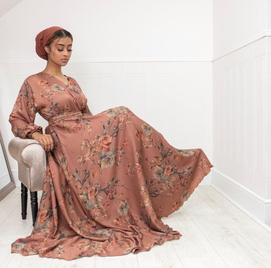 Amal Wrap Vintage Rose Floral