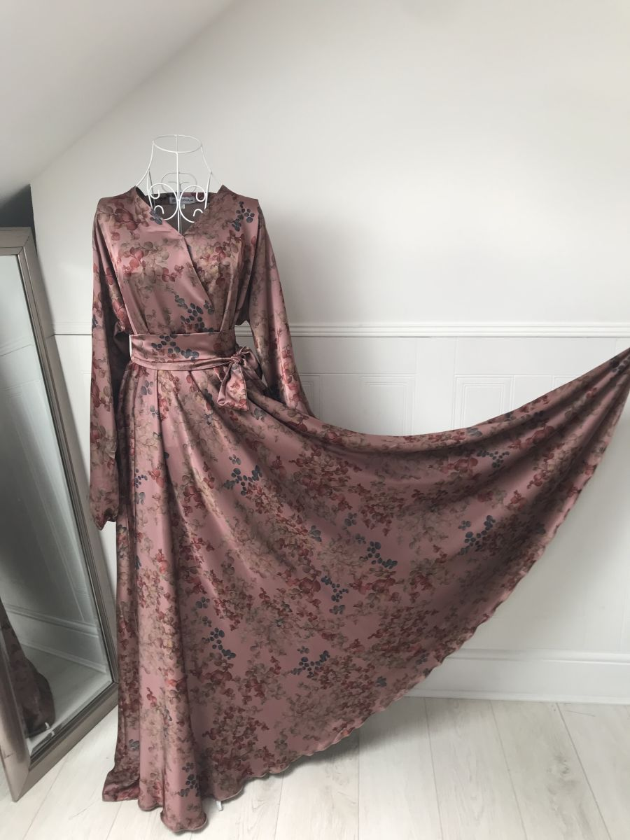 Amal Wrap flare in fall Dusky Pink