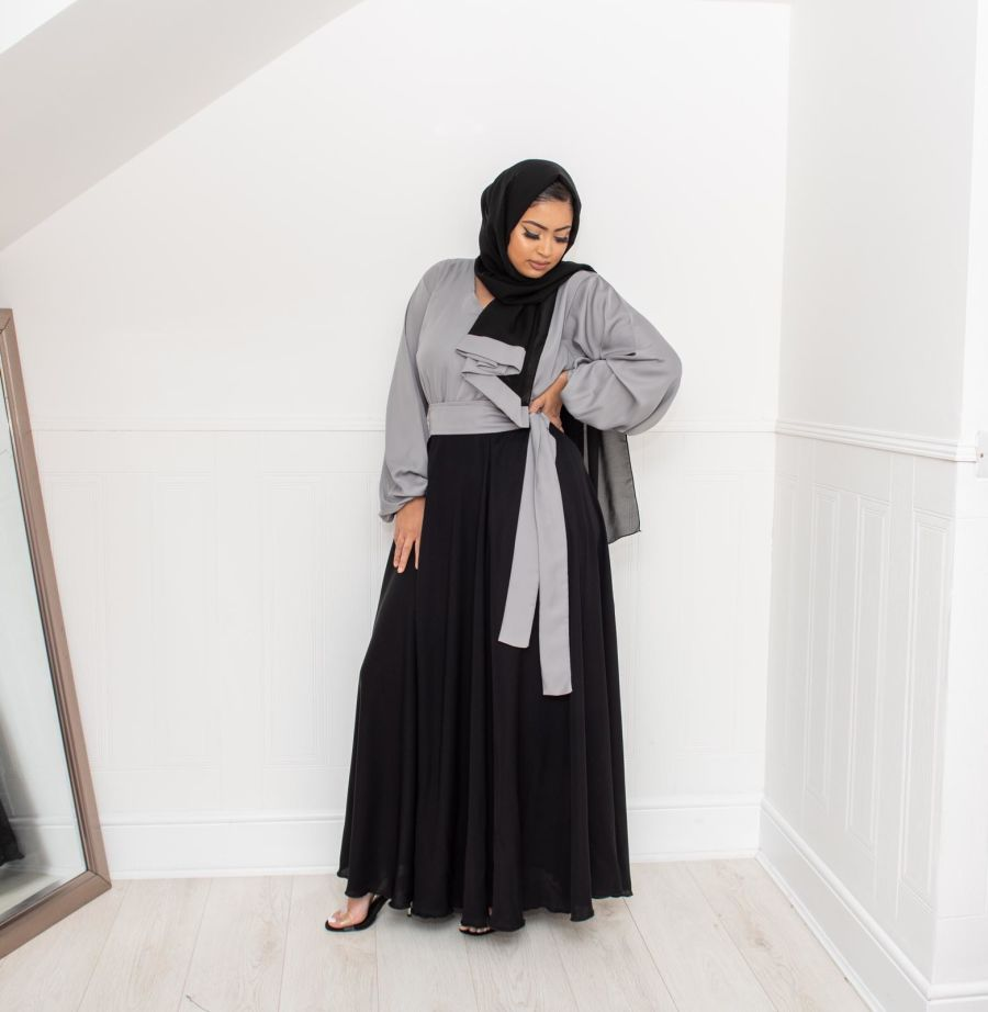 Amal blouse skirt in Black and Grey