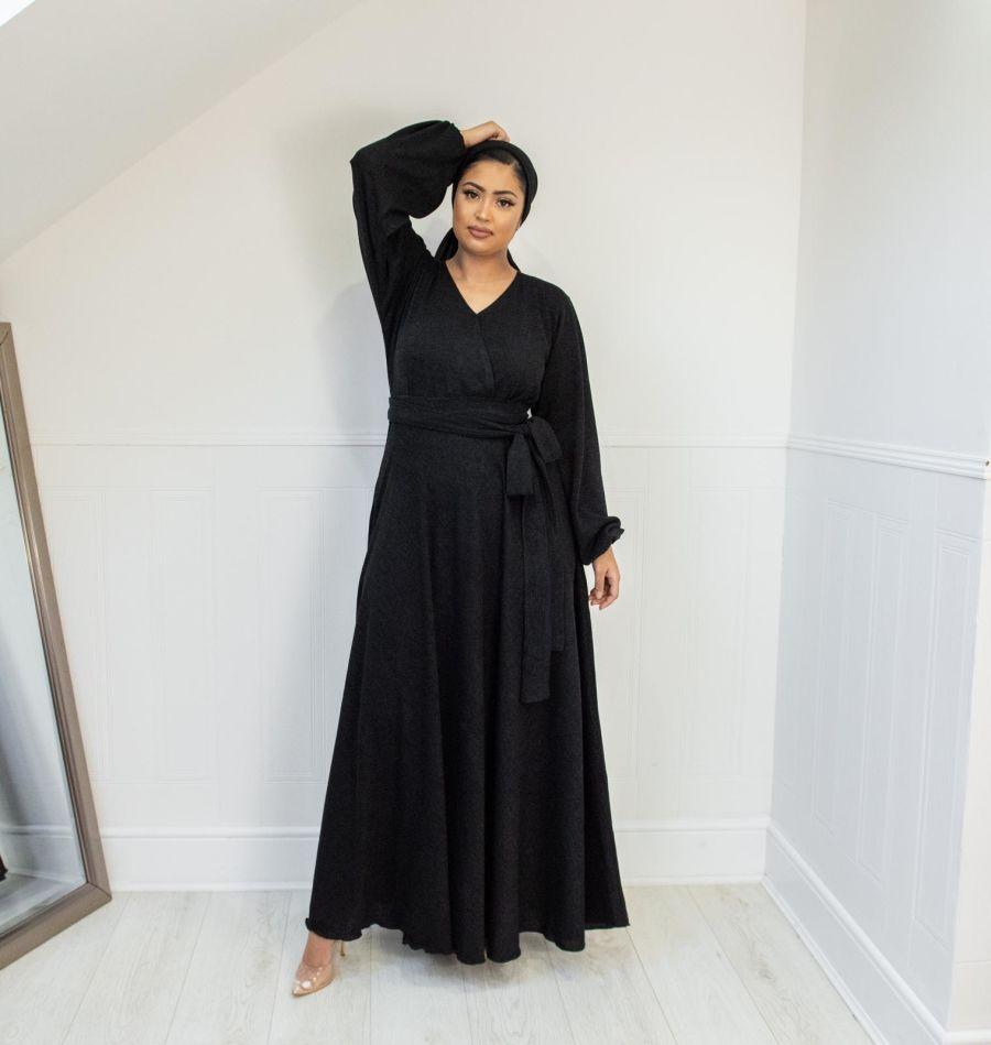 Amal wrap Winter Knit in Black